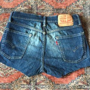 Levi's cutoff shorts distressed red tab 29